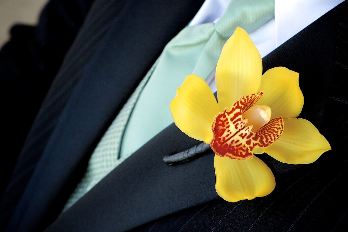 Grooms Orchard Boutonniere