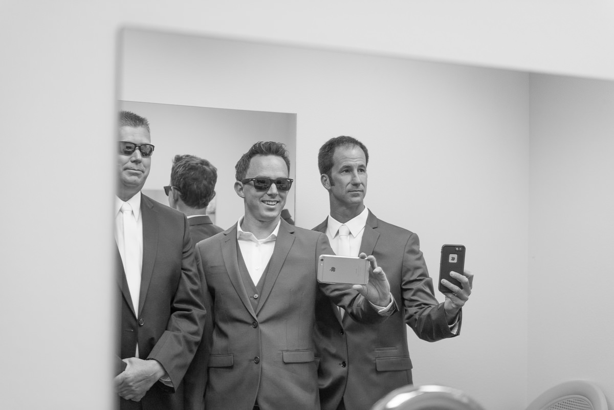 Des Moines Wedding Photography Groom Selfie