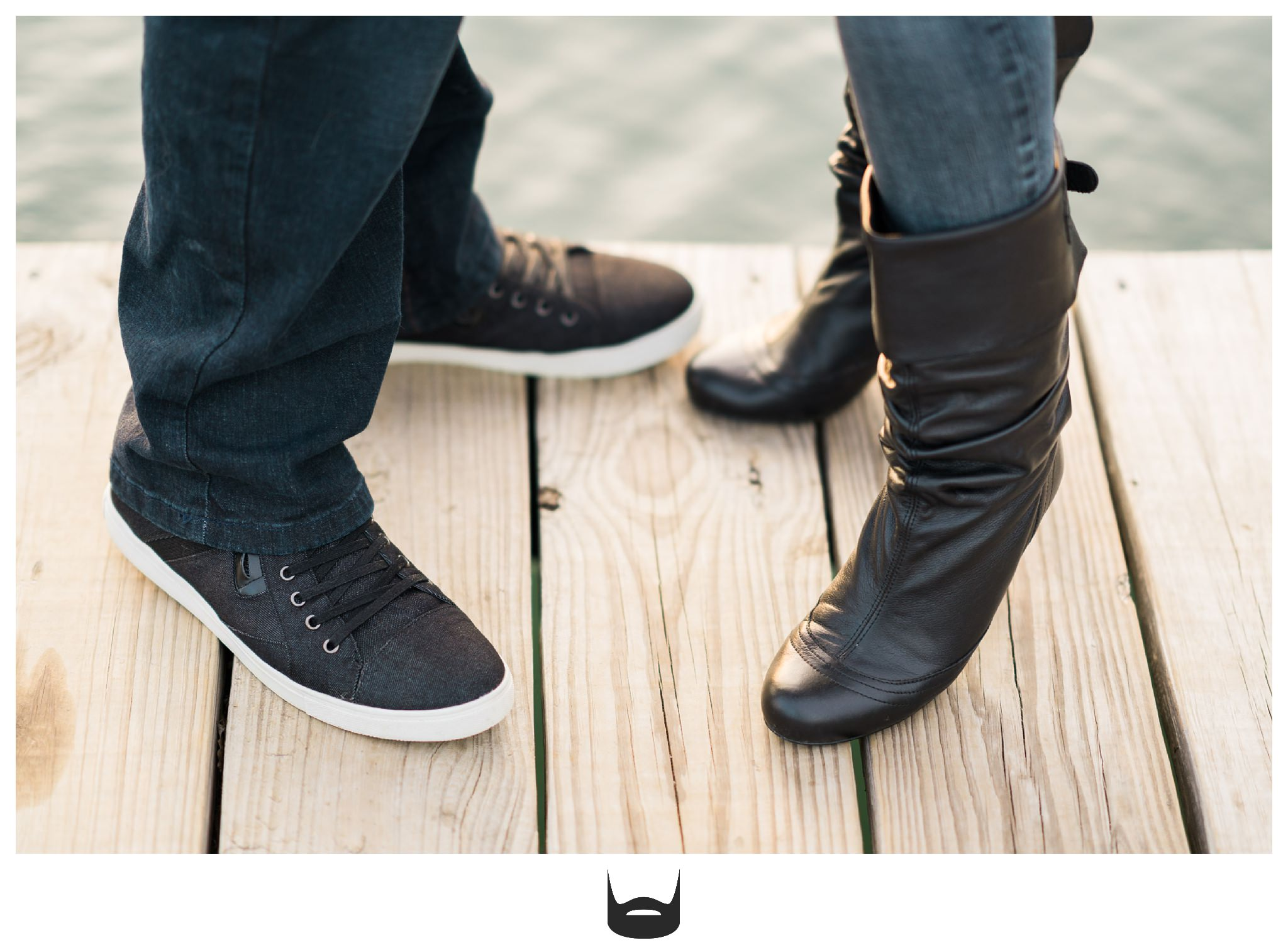 des moines engagement photography shoes