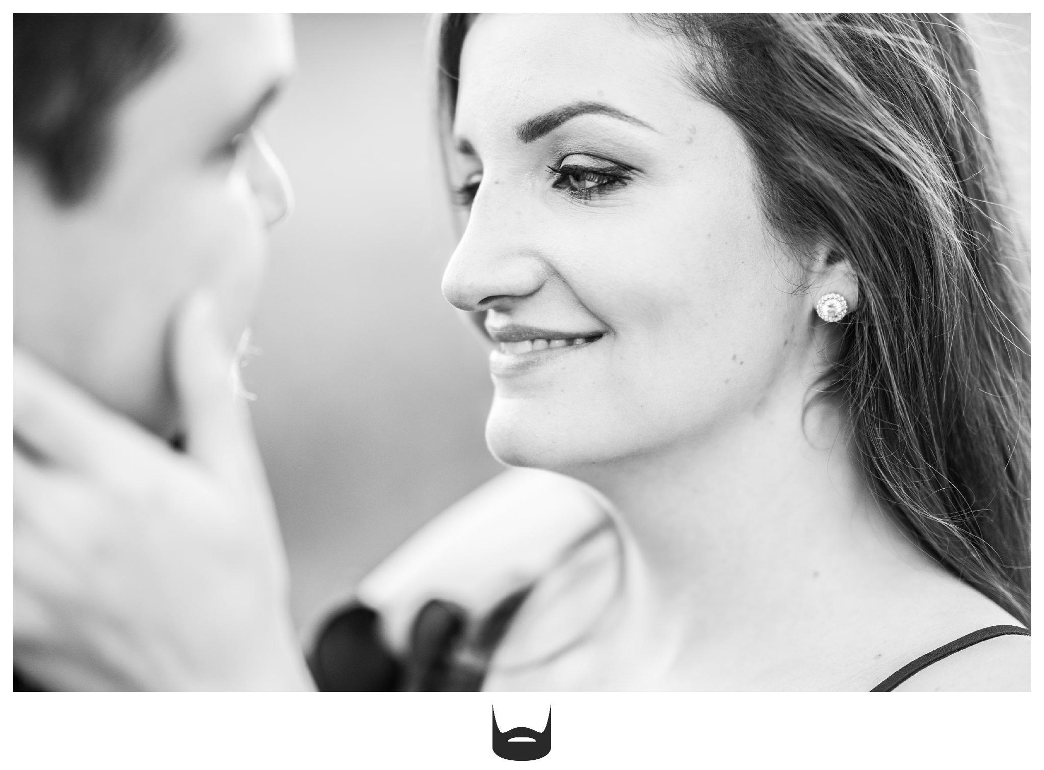 des moines engagement photography smile